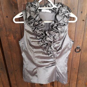 Melanie Lyne Ruffled Sleeveless Top